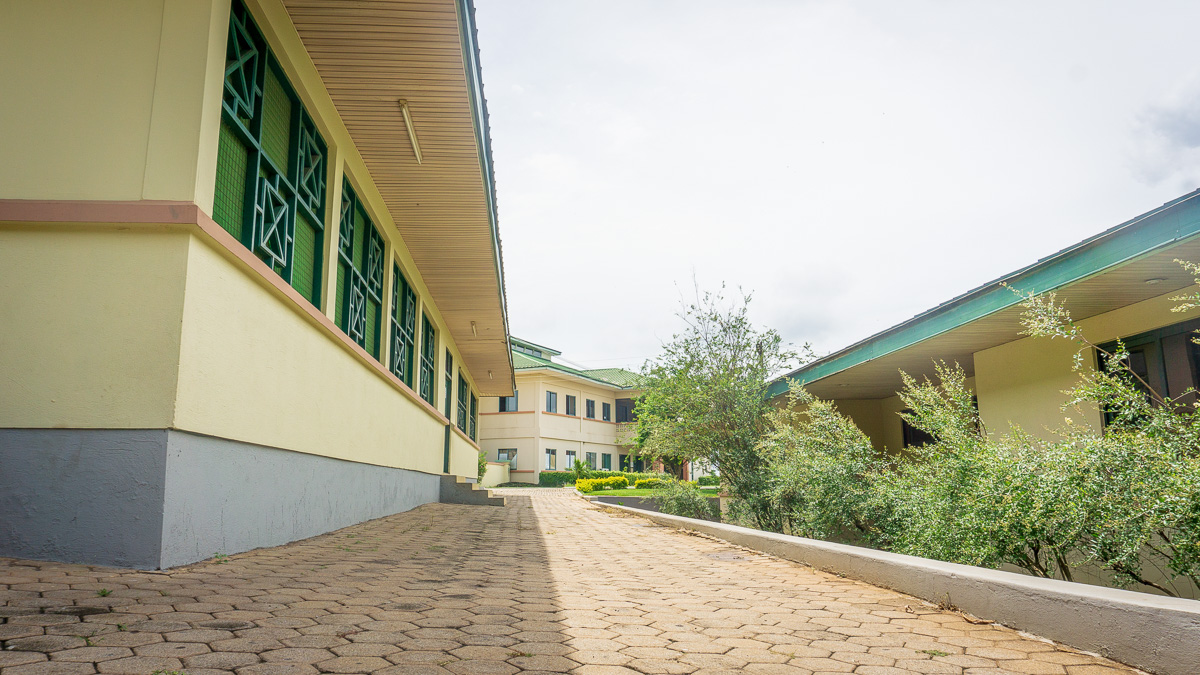 ICS Ghana, Pakyi Campus snack bar and auditorium